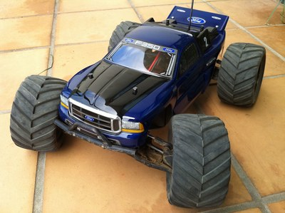 Ford F350 Nitro MT shell on HPI Bullet chassis
